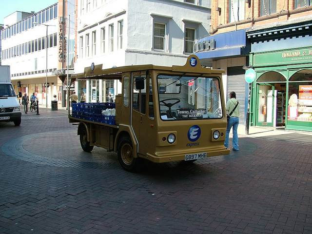 1024Px Milk Float Liverpool 2005 06 27